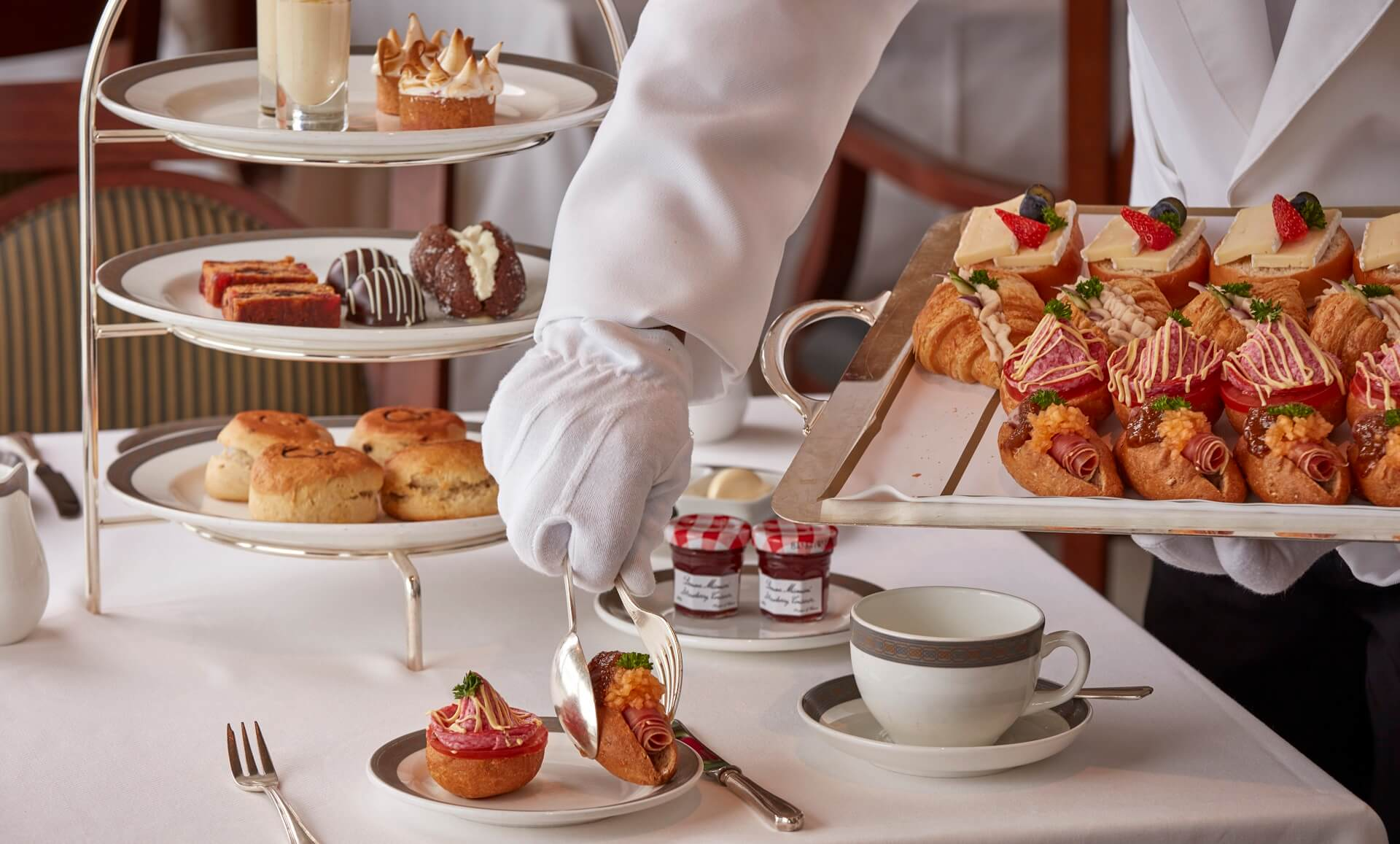 Afternoon-tea-Cunard